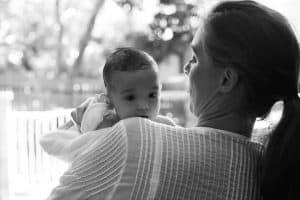 těhotenství a mateřství